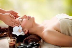 Aromaölmassage, Entspannende Massage München, Massage München