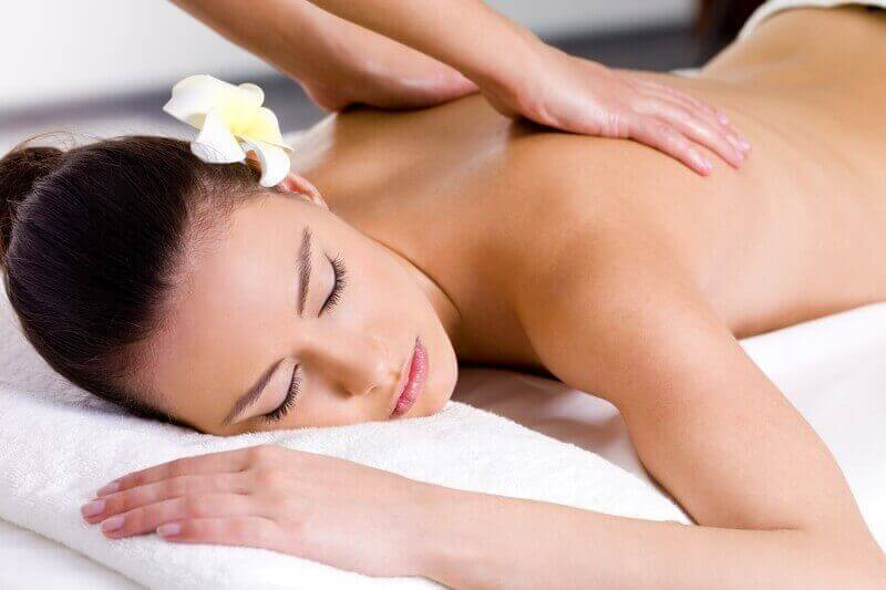 Massage in München, Wellnessmassage, Entspannungsmassage